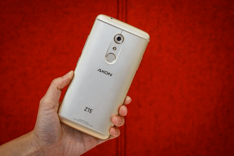 How To Install Android 7.1.1 Nougat Official Update On ZTE Axon 7 1