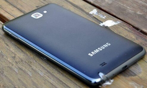 Samsung-Galaxy-Note-N7000-review-05